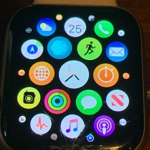 apple Accessories - Apple Watch series 4 cellular- screen cracked